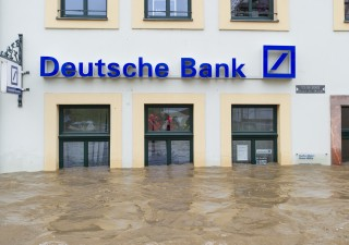 Deutsche Bank si addebita per sbaglio 28 miliardi