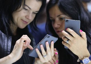 Fbi indaga su Huawei: vetro rende inviolabile lo smartphone
