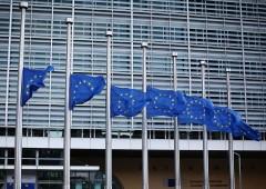 """Commissione finanziaria Ue ha problema """"porte girevoli"""""""