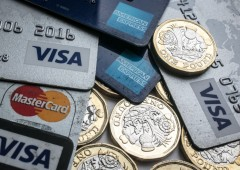 Regno Unito: addio cash, in 10 anni pagamenti saranno elettronici