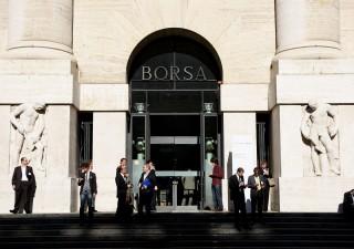 Consob corre ai ripari dopo crollo di ieri, stop alle vendite allo scoperto su 85 titoli
