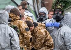 Ex spia, Russia insinua che dietro l'avvelenamento ci sia Londra