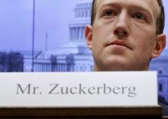 Facebook chiede alle banche i dati dei loro clienti