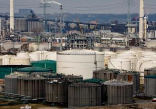 Gomma, nichel, petrolio: è boom materie prime