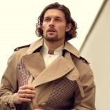 Trench coat e camicia Alexander McQueen