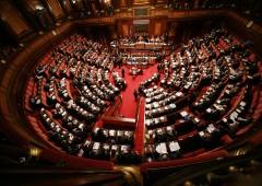 Stop al finanziamento pubblico ai partiti: subentrano fondi esteri