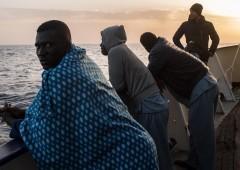 """Migranti, Toninelli: """"Cambiamo Ue e norme marittime"""""""