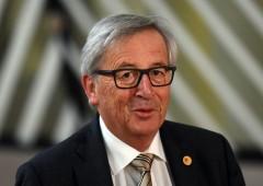 """Juncker corregge il tiro: """"Ue non si intrometta in affari Italia"""""""