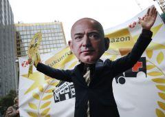 Amazon: aumenti salariali si rivelano una farsa