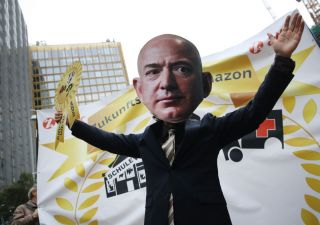 Multinazionali: effetto Amazon spaventa banche centrali