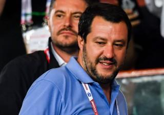 Salvini vuole maxi-condono: