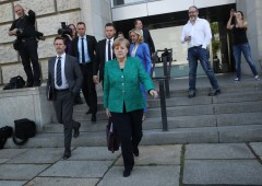 """Crisi Germania, ministro Interni: """"non posso più lavorare con Merkel"""""""