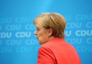Merkel: il suo successore dipende dall'andamento dell'economia