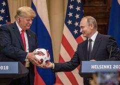 """Russia, nuovo strappo di Trump: """"Usa fuori dal trattato sul disarmo"""""""