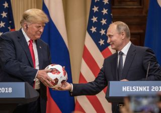 Usa revocano sanzioni ad alcuni settori della Russia, alluminio sprofonda