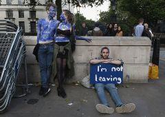 Brexit, white paper: furiose polemiche contro May
