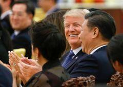 Funzionari Casa Bianca irritati da aggressività Trump, pessimisti su incontro con Xi