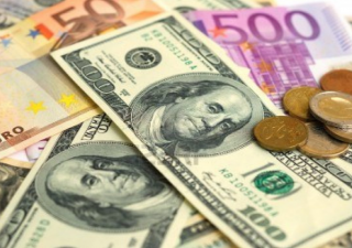 Linea rossa superata: tassi Bond Usa sopra il 3%, balza il dollaro