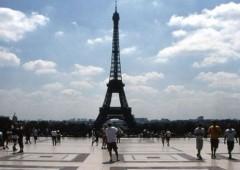 File mostruose: sciopero alla Tour Eiffel
