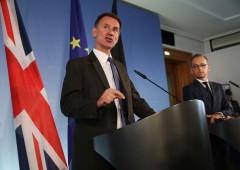 """Uk avverte Ue: """"Brexit caotica minaccerà unità europea"""""""