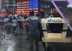 Nasdaq al top proprio mentre fondi hedge lanciano assalto al ribasso