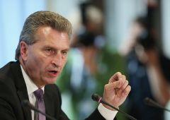 "Oettinger: ""Italia dà 20 miliardi all'Ue? Una farsa"""