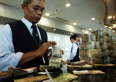 Turchia e Argentina: contraccolpi in Indonesia, rupia ai minimi dal 1998