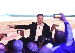 """Tesla, Musk: """"Il prossimo anno sulle strade 1 milione di robot-taxi"""""""