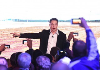 Musk non si sente bene: