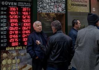 Lira turca risale da minimi, scatta piano per sedare tensioni