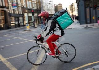 Deliveroo: debutto flop a Londra, perché investitori storcono il naso