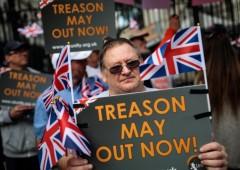 Brexit, ok Ue al pre-accordo non convince mercati