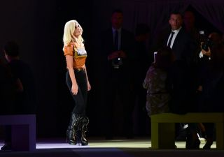 Versace americana. Donatella: