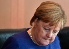 Merkel: un salario minimo per tutti i lavoratori Ue