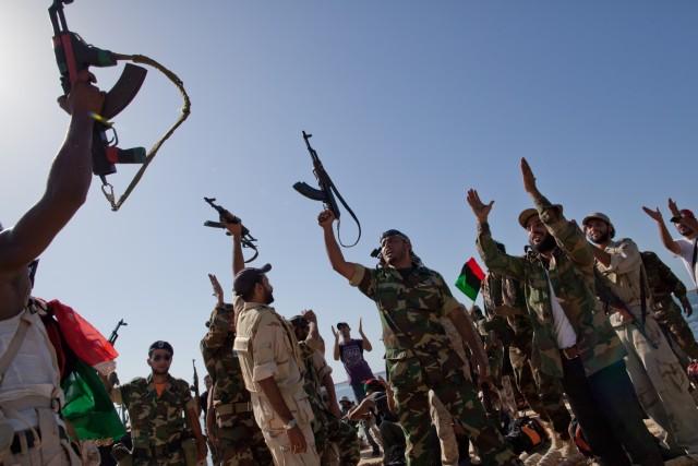 Con Tripoli sotto assedio, il governo in Libia raduna le forze fedeli e attiva le milizie anti terrorismo