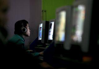 Legge copyright UE: piattaforme online costrette a vietare