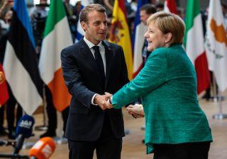 Brexit divide Ue: scontro tra Merkel e Macron