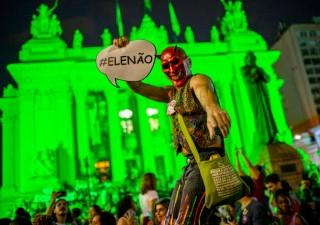 Elezioni Brasile, chi è Jair Bolsonaro e perché fa paura
