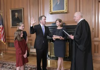 Kavanaugh, vittoria chiave per Trump: influenzerà Corte Suprema per almeno una generazione