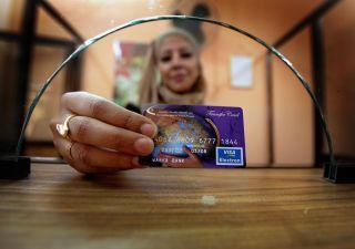 Carta di credito senza busta paga: come ottenerla