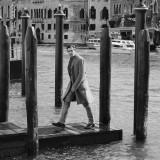 Cappotto, abito, camicia e cravatta Ralph Lauren; stivaletti Jimmy Choo; Grooming by Giovanni Iovine @ wm – management. Thanks to Palazzina Grassi Venezia