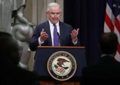 Trump silura ministro Giustizia, ed è solo l'inizio