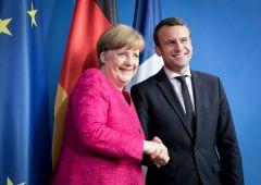 La risposta ai populismi di Macron e Merkel è un bilancio unico europeo
