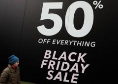 Black Friday: manca una settimana. Otto italiani su dieci faranno shopping su Amazon