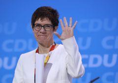 Chi guiderà la Germania? La delfina prediletta di Merkel