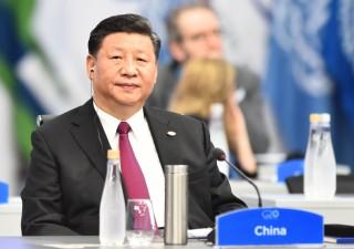 Cina in frenata: nel 2019 Pil a +6,1%, mai così