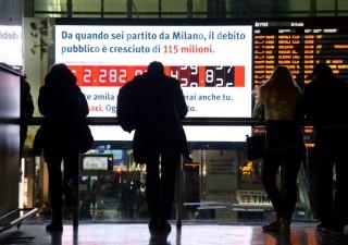 Italia, debito pubblico zavorrato dagli interessi