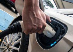 Auto elettriche corrono veloce, ma sono solo 1% del totale delle quattro ruote