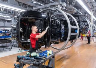 Azienda Italia: produzione industriale rialza la testa a maggio