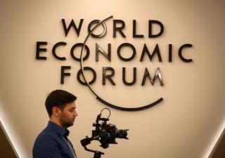 Davos, Pwc: CEO sei volte più pessimisti rispetto a un anno fa